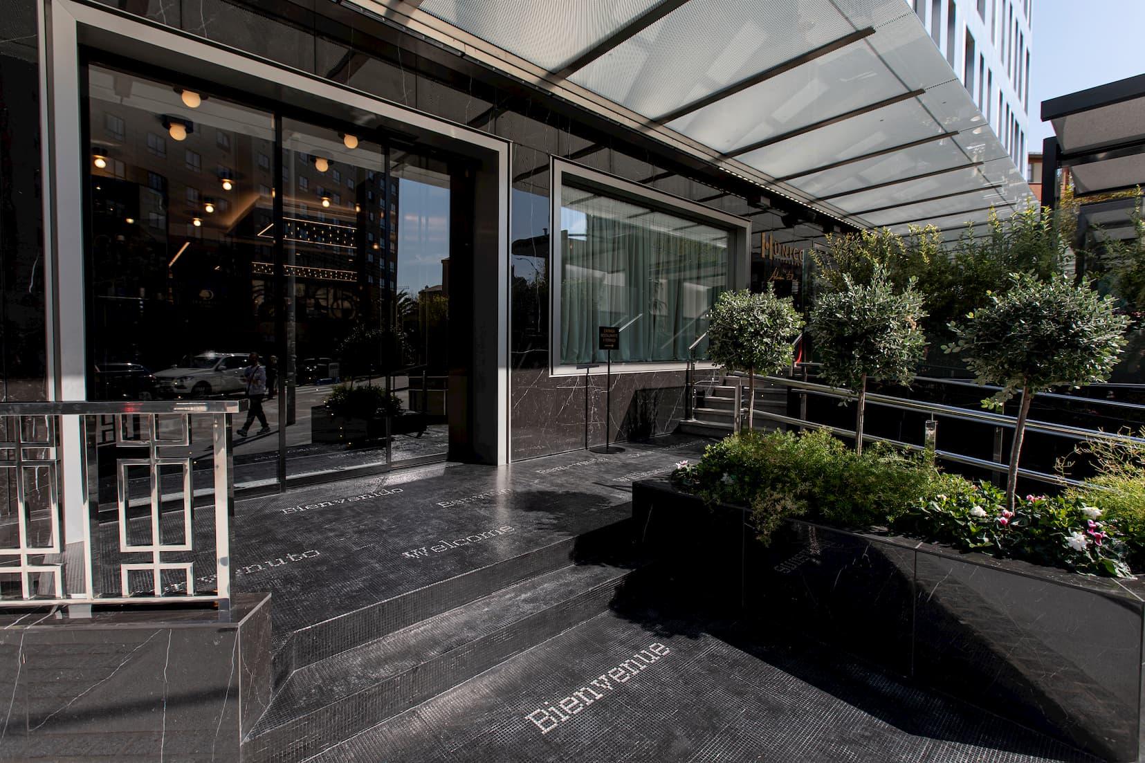 Mosaicos del siglo XXI en el Hotel DoubleTree by Hilton A Coruña